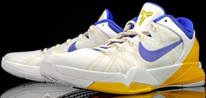 sports shoes a6a53 0944c Nike Kobe 7 System Home White Concord Platinum Release Date