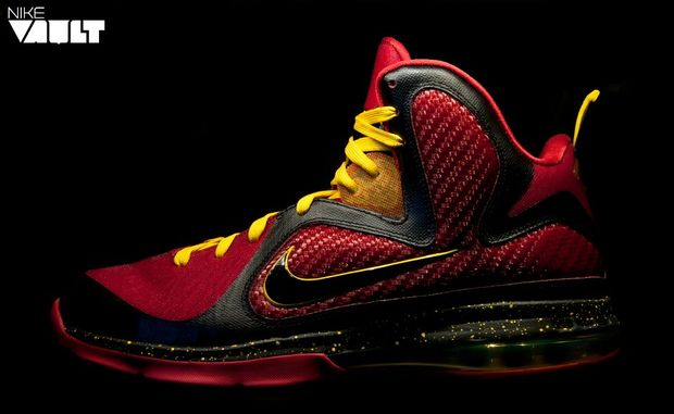 nike-lebron-9-fairfax-home-and-away-3