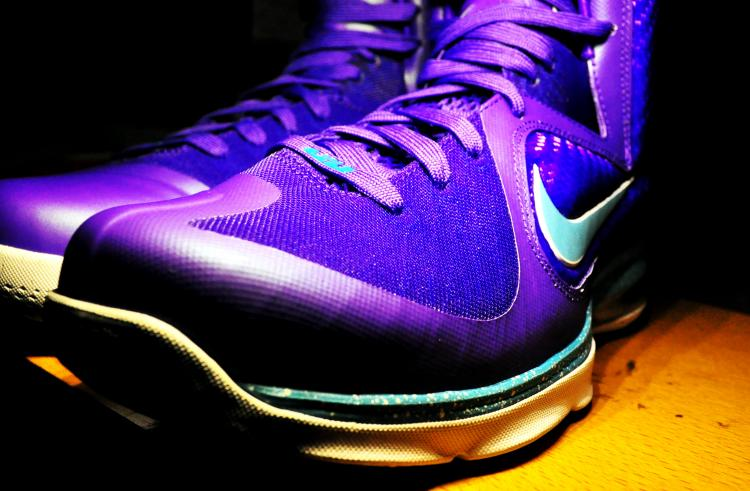 Nike LeBron 9 'Summit Lake Hornets' - Up Close