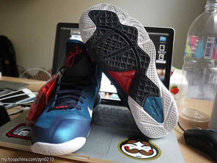 Nike LeBron 9 'Swingman' - Another Detailed Look
