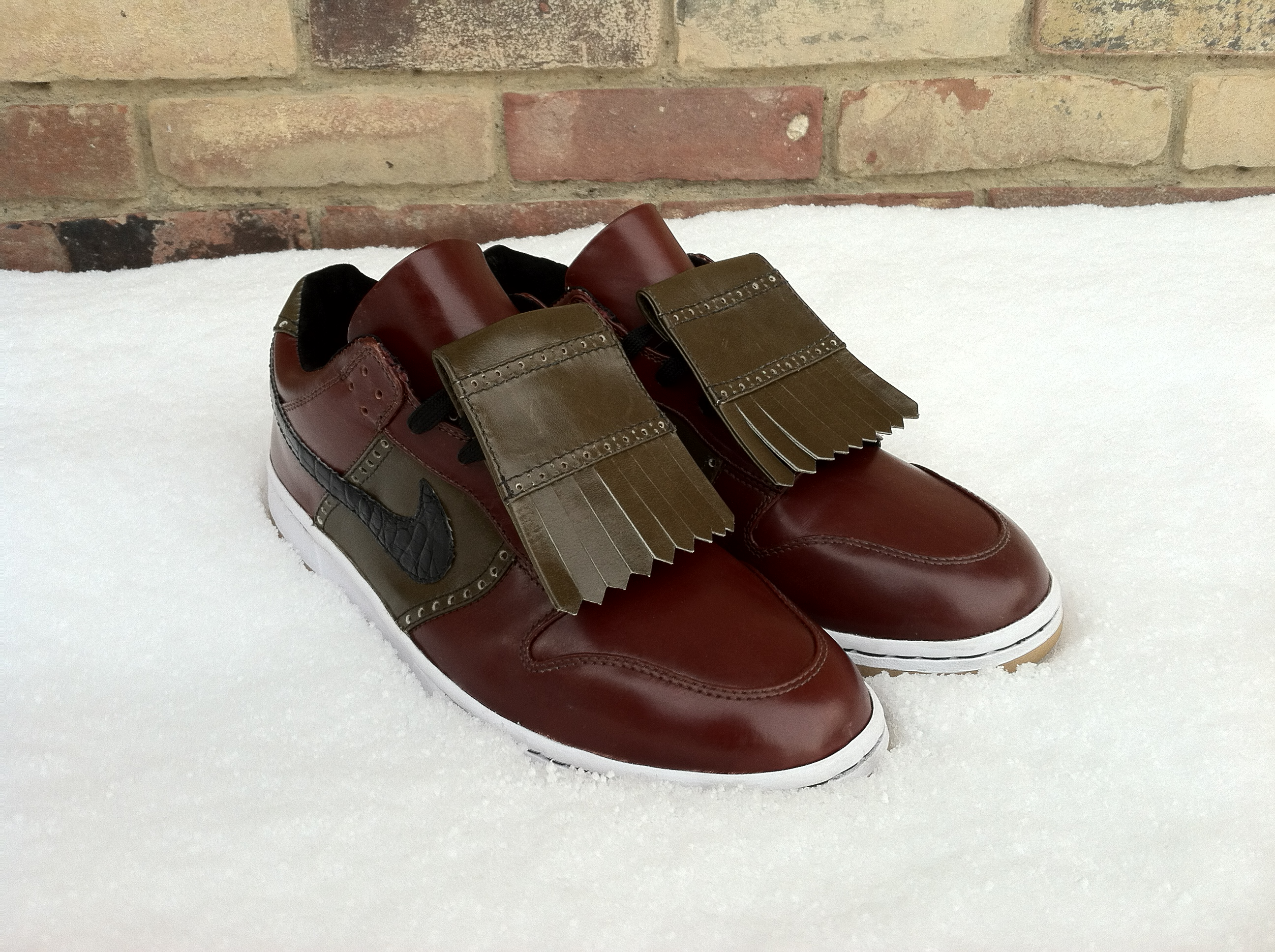 Pimp My Kicks x Oliver Moore Bootmakers Dress Dunk Collection