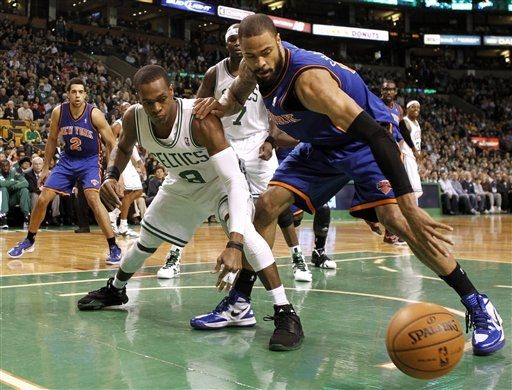 Rajon Rondo Swaps Huaraches for Hyperenforcers in Win over Knicks