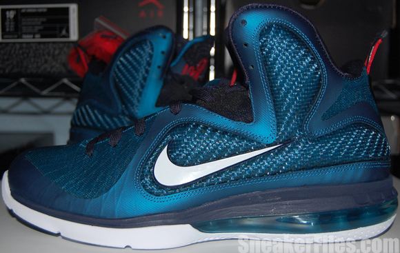 Video: Nike LeBron 9 Swingman