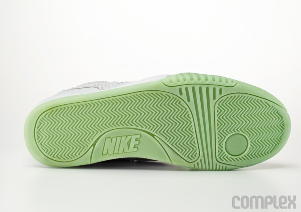 Nike Air Yeezy 2 'Wolf Grey/Pure Platinum' - Detailed Images