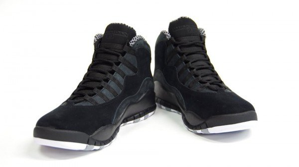 Air Jordan X (10) 'Stealth' Dropping This Weekend