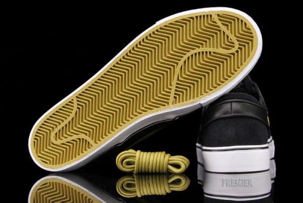 Nike SB Stefan Janoski 'Black/Metallic Gold'