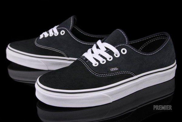 Vans Authentic Two-Tone Suede 'Black/Ebony'