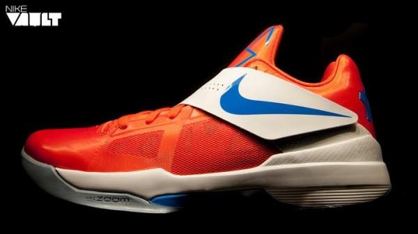 Nike Zoom KD IV 'Team Orange/Photo Blue-White' at Nike Vault
