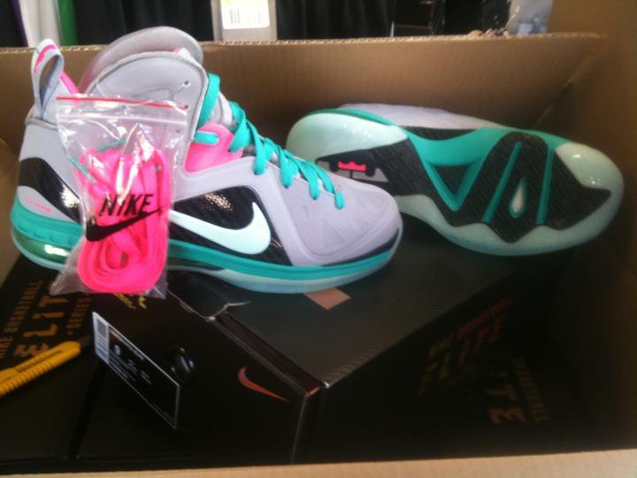 eb78a7967288 Nike LeBron 9 Elite South Beach New Images 85%OFF - molndalsrev.se