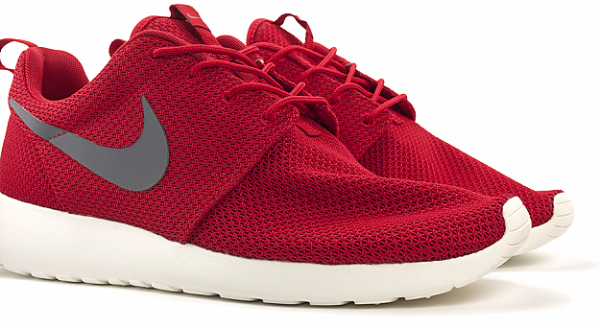 Nike Rosche Run 'Red'