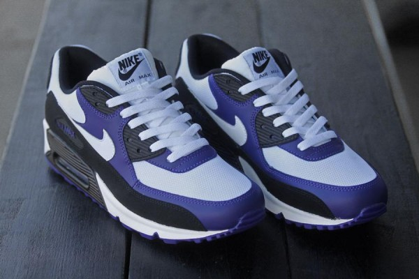 Nike Air Max 90 'Black/White-New Orchid'
