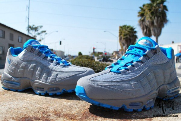 Nike Air Max 95 'Stealth/Neptune Blue' - Another Look