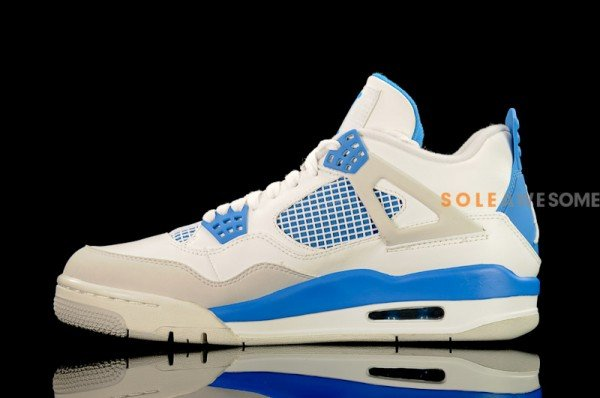 Air Jordan IV (4) 'Military Blue' - Detailed Look