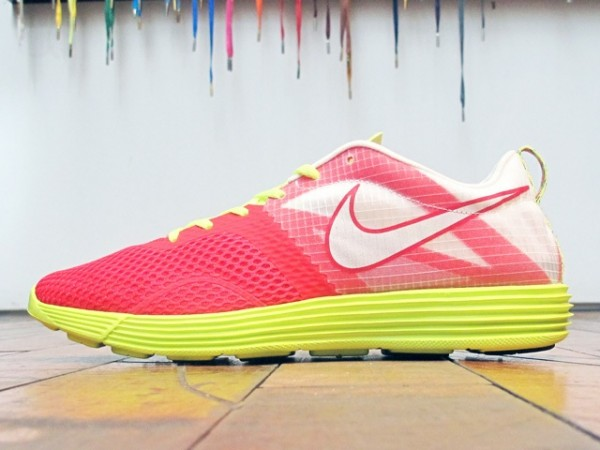 Nike LunarMTRL+ 'Action Red/Summit White-Volt'