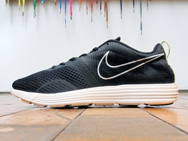 Nike LunarMTRL+ 'Black/Summit White'