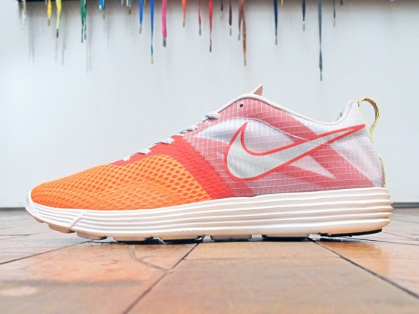 Nike LunarMTRL+ 'Total Orange/Pure Platinum'