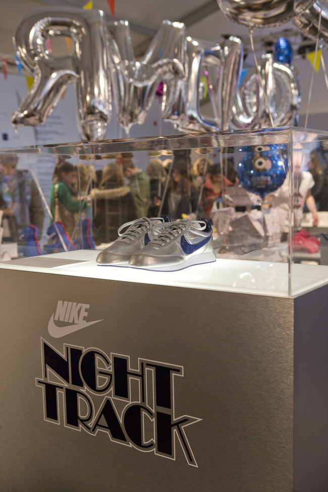 colete x Nike Air Tailwind Night Track - Release Recap