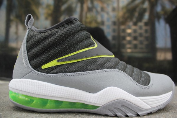 Nike Air Max Shake Evolve 'Anthracite/Stealth-White'