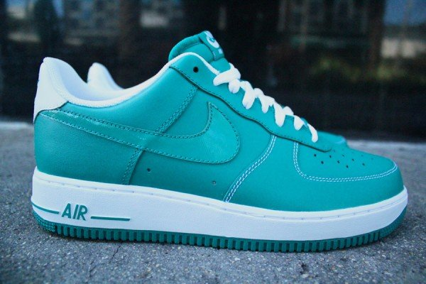 Nike Air Force 1 Low 'Lush Teal' - New Images