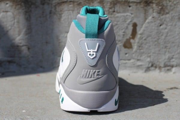 Nike Air Diamond Turf II 'Stealth'