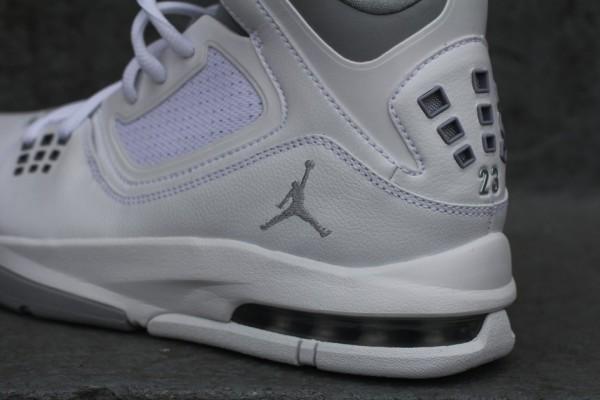 Jordan Flight 23 RST 'White/Wolf Grey'