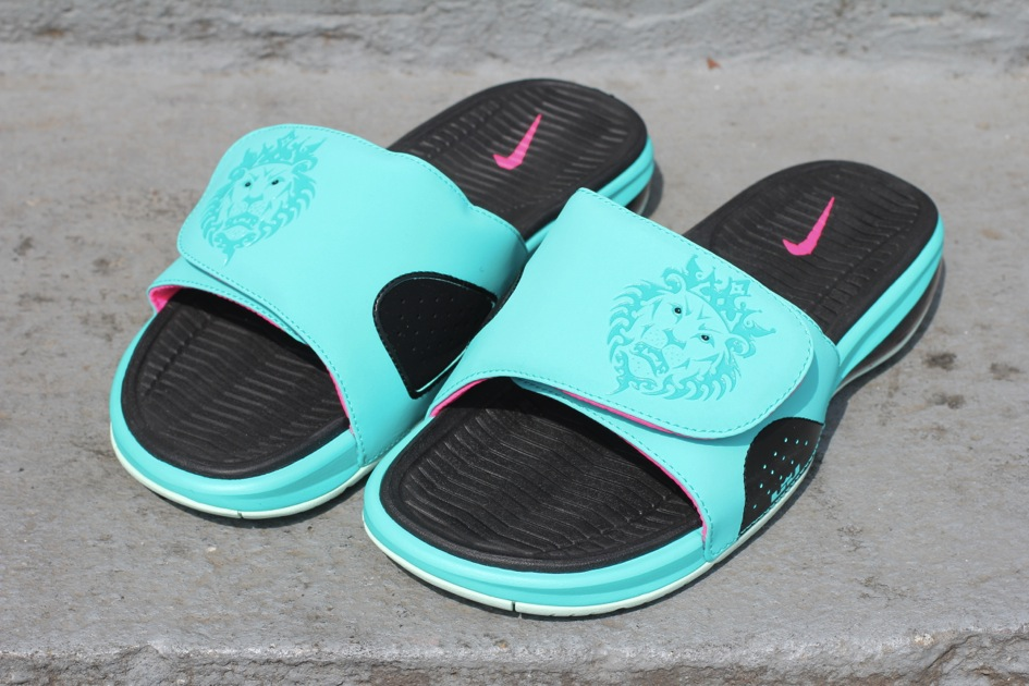 Nike South Beach Slides