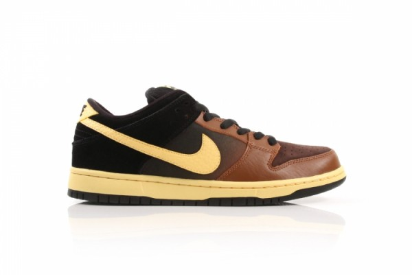 Nike SB Dunk Low 'Black and Tan' Hitting DQM