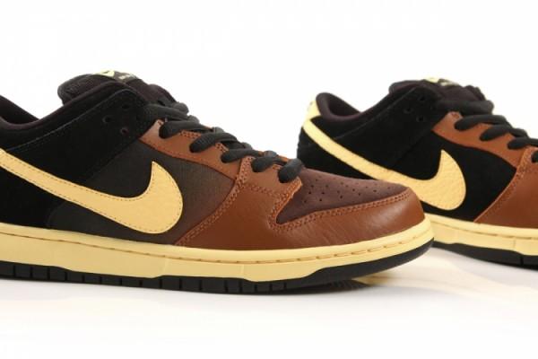 Nike SB Dunk Low 'Black and Tan' Hitting DQM
