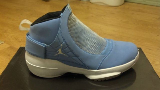 Air Jordan XIX (19) 'Pantone' Sample