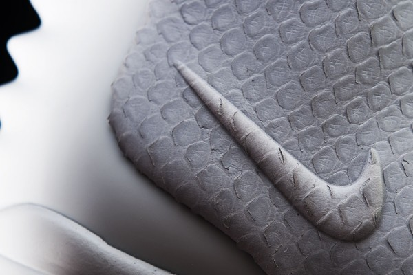 Nike Air Yeezy 2 'Wolf Grey/Pure Platinum' - Detailed Look