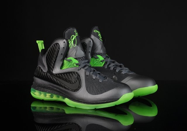 Nike LeBron 9 'Dunkman' - Another Look