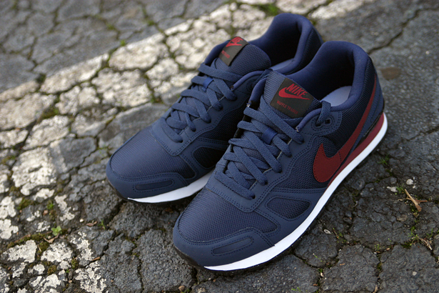 Nike Air Waffle Trainer 'Obsidian/Team Red'