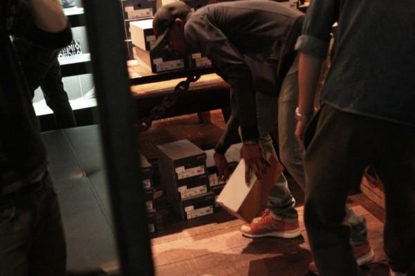 Ronnie Fieg x asics GT-II 'Rose Gold' Kith Manhattan Release Recap