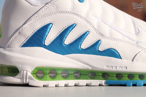 Release Reminder: Nike Total Griffey Max 99 'White/Neptune Blue'