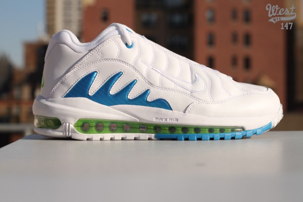 various colors 1ef69 ab9fe Release Reminder Nike Total Griffey Max 99 WhiteNeptune Blue