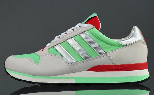 adidas-originals-zx-500-green-metallic-silver-now-available-1