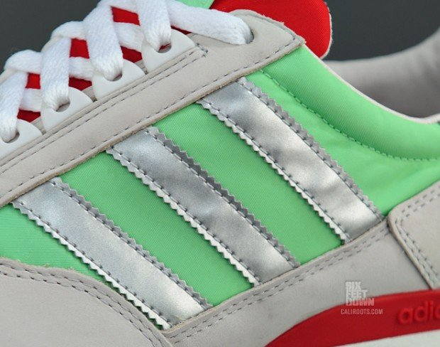adidas-originals-zx-500-green-metallic-silver-now-available-3