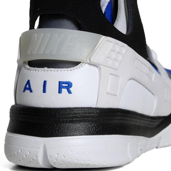 Nike Air Huarache BBall 2012 'White/Black-Soar'