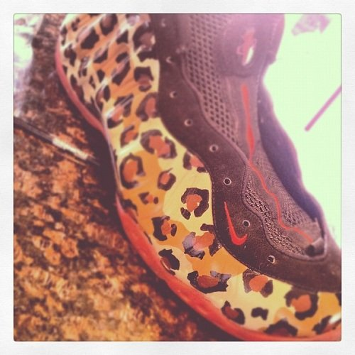 custom-nike-foamposite-one-leopard-3