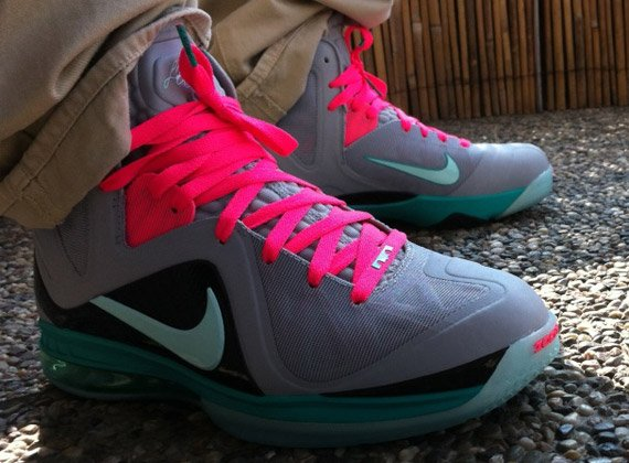 premium selection 3e87d 491e4 Nike LeBron 9 Elite  South Beach  - More Images