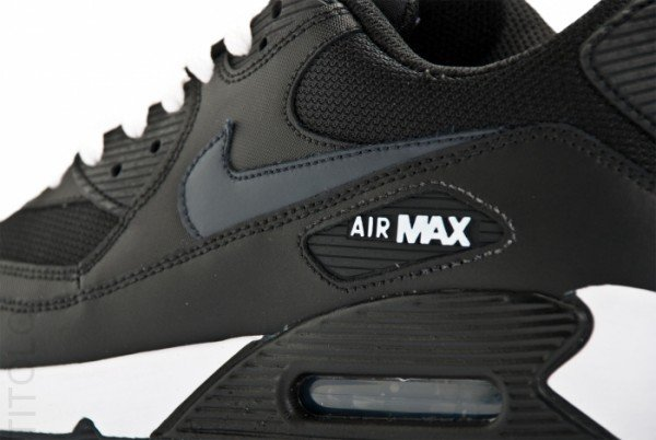 air max 90 black and white leather