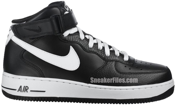 air force 1 black and white