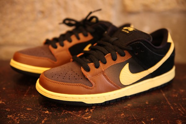 Nike SB Dunk Low 'Black and Tan' - Another Look