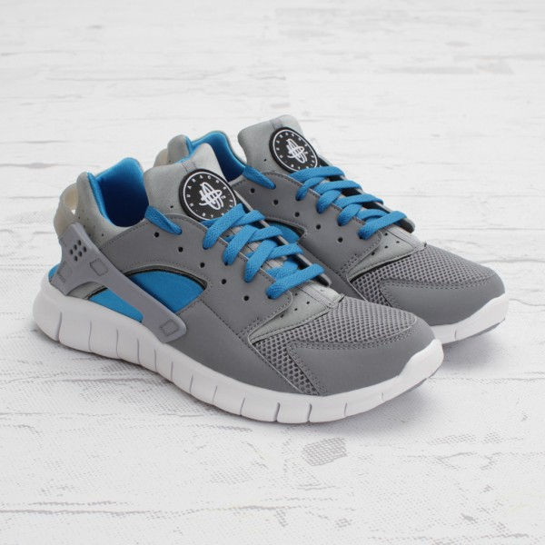 competitive price c9c91 afcce Nike Huarache Free 2012 StealthNeptune Blue