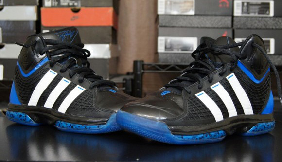 best loved 6d103 25a82 Performance Review adidas adiPower Howard