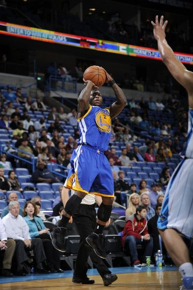 Nate Robinson Dons 'Stealth' Air Jordan X in New Orleans