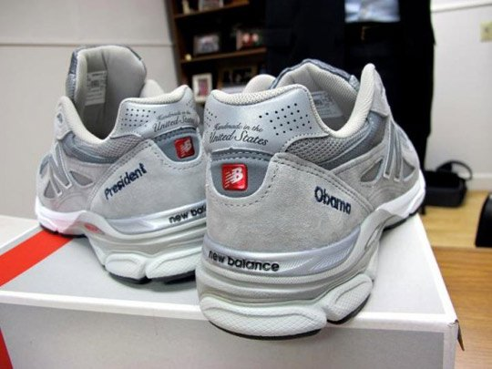president-barack-obama-receives-custom-made-in-usa-new-balance-990-1