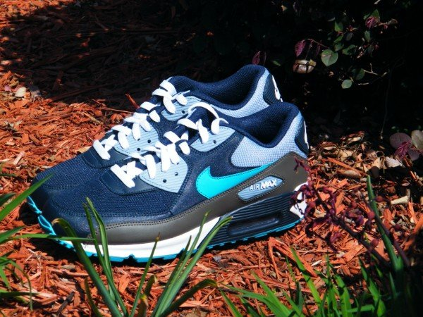 Nike Air Max 90 'Obsidian/Turquoise'