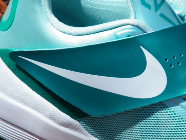 Nike Zoom KD IV 'Easter' Arriving at Retailers