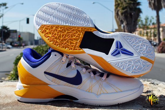 Nike Kobe VII (7) 'Home' - Arriving at Retailers